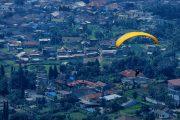 0812 9393 9797, Lokasi Paralayang Puncak, Wisata Paralayang Puncak